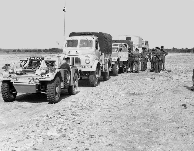 2RTR LAD REME vehicle line up Homs 1960-61-b-Photo John Empson REMEb.jpg