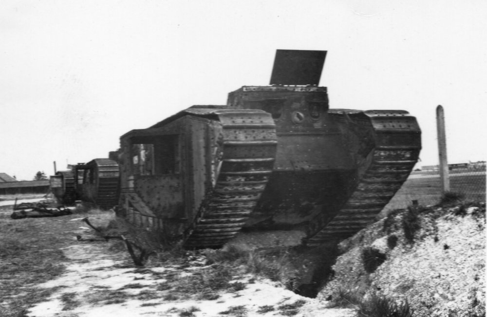 ww1 tanks in 1940.jpg